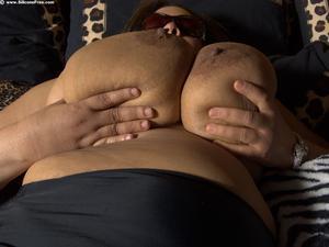 porno vids MILFs mariachi