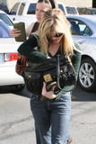th_57880_RWitherspoon_Butterfly_Candids_14_122_420lo.jpg