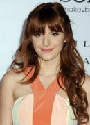 http://img138.imagevenue.com/loc515/th_177789260_BellaThorne_TheVow_HollywoodPremiere_21_122_515lo.jpg